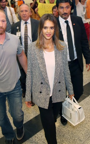 Jessica Alba suits up in the Autumn-Winter 2014 statement blazer
