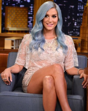 Precious embroideries for Kesha at The Tonight Starring Jimmy Fallon