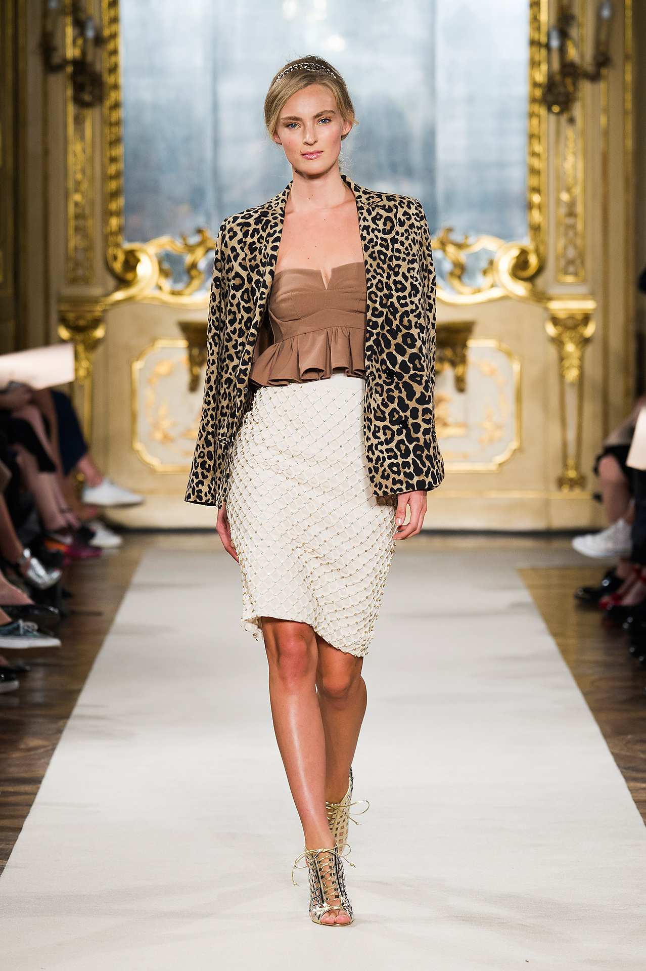 more photos c2c0a d98a9 Elisabetta Franchi Sfilata Primavera – Estate 2015: i Look ...