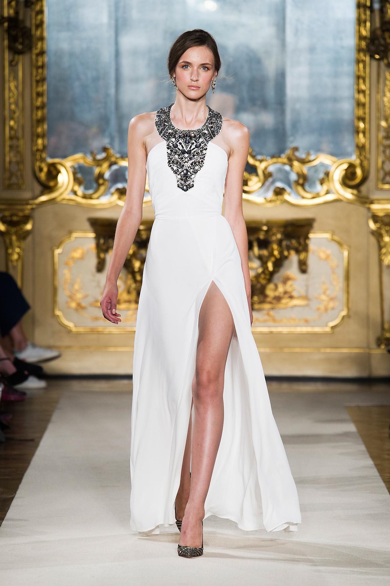 ee5f92fa23 Elisabetta Franchi Spring-Summer 2015 Fashion Show: the Looks ...