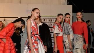 shots_backstage_fashion_show_elisabetta_franchi_fw1516_20